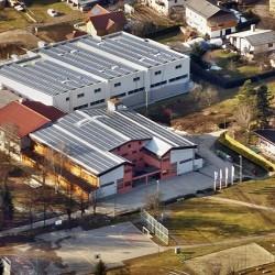 Osnovna šola Radlje ob Dravi pokrita s sistemom Elektro Hosekra