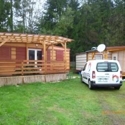 Mobilni hiški Magnolija, postavljeni v kampu v Avstriji