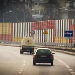 noise_barriers_highway