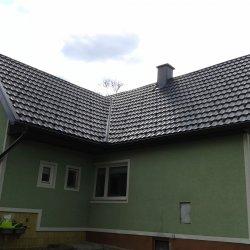 Temna streha Hosekra gladka
