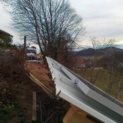Streha enokapnica z EH hosekra strehe in alu nosilci izvajalec Solcell.