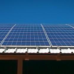 Hosekra strehe model T4 za sončno elektrarno