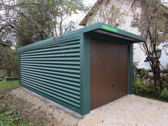 Enojne garaže z nadstreškom nad vrati