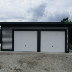 Dvojna garaža širša in nadstrešek