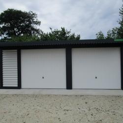 dvojne_garaze_z_nadstreski_nad_vrati_00004