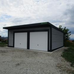 dvojne_garaze_z_nadstreski_nad_vrati_00006