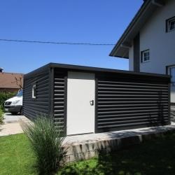 dvojna_garaza_z_oknom_in_vrati_00003