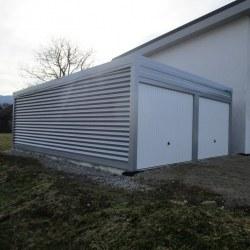 Siva dvojna avtomobilska garaža