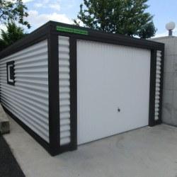 Garaža za avtomobil - enojna ob škarpi