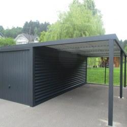 Garaža z dodatnim nadstreškom ob strani