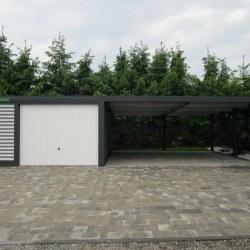 Garaža z velikim nadstreškom