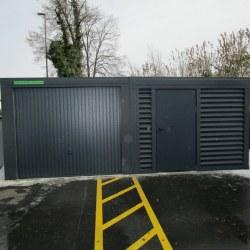 Antracit široka garaža + dodatni prostor