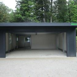Širša avtomobilska garaža z rolo vrati