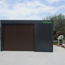 Širša avtomobilska garaža - antracid z rjavimi vrati