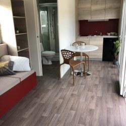 Kuhinja in  kopalnica mobilne hiške EKO