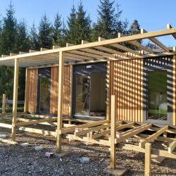 Izdelava lesene terase za mobilno hiško