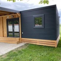 Lesena terasa za mobilno hiško Ptuj