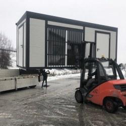 Nalaganje požarno varnega kontejnerja