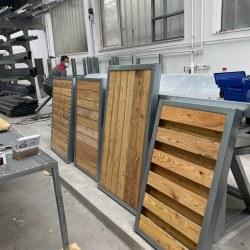 Paneli za ograje - testni vzorci z macesnovimi letvicami 3D