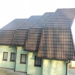 Hosekra gladka in velik naklon strehe